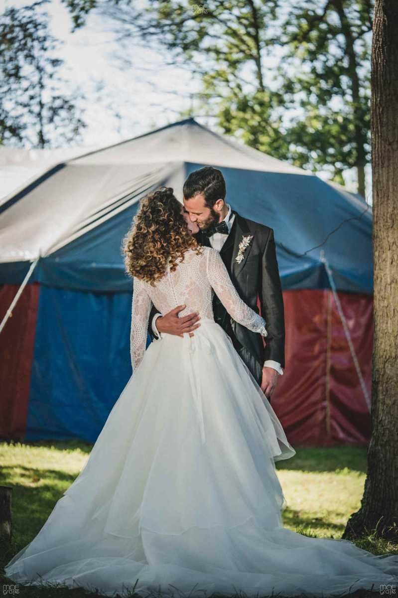 14-104-wedding-circus-styledshoot-Set-HAPPY-0724