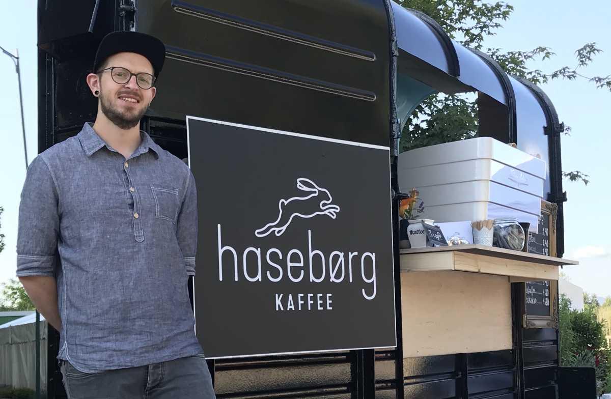 Haseborg Kaffee mit Kaffeebar Pferdeanhänger Kopie