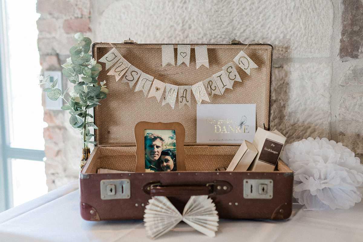 Koffer für Hochzeitskarten im Vintage-Stil